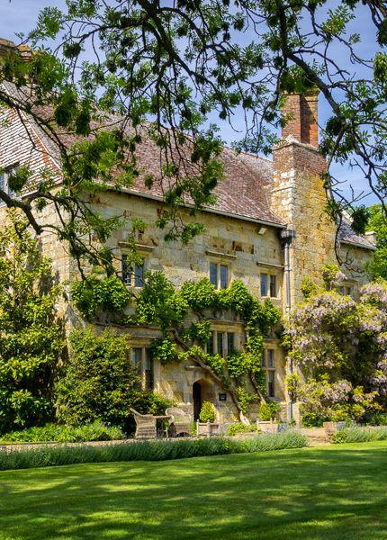 BATEMAN'S HOUSE- Rudyard Kipling's Home