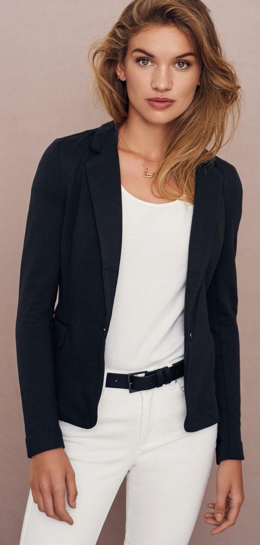 VERO MODA - Julia Blazer - Regular Fit - Schwarz ✔ 30 Tage Umtauschrecht ✔ TOP-Service ✔ Große Auswahl an Vero Moda Jacken von Jeans-Meile.