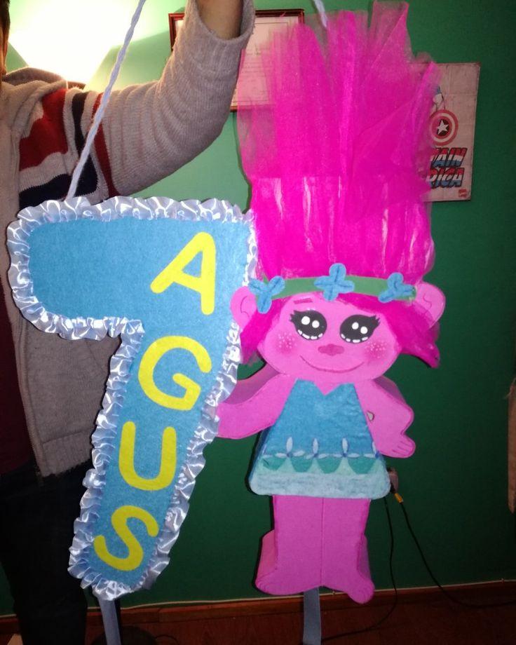 Piñata personalizada Trolls poppy