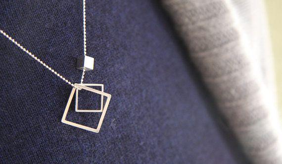 Tre quadrati di forme: due telai e un cubo di MINRLhandcrafts