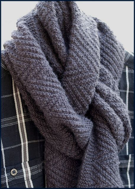 Ravelry: Lamberhurst Scarf pattern by Moira Ravenscroft / Wyndlestraw Designs