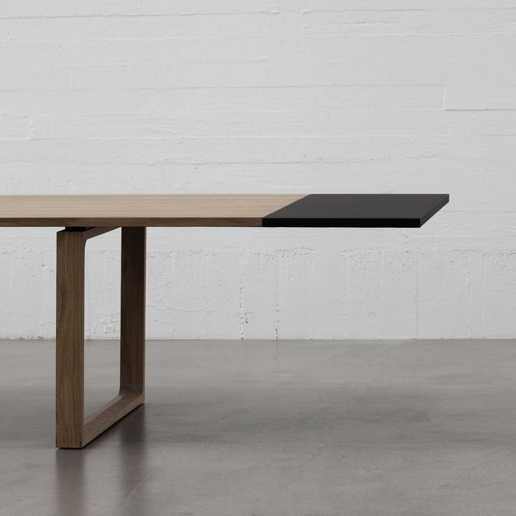 Essay™ table - Quickship