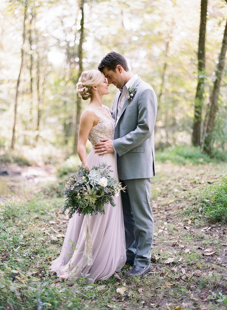 Elopement or Traditional Wedding - A Discussion on Wedding Sparrow | Emily Katharine Photography