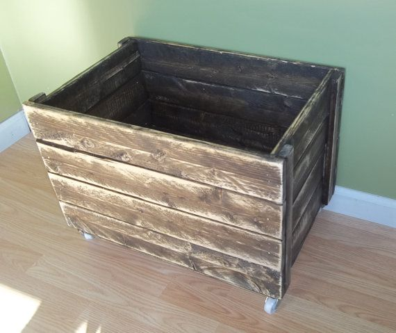 best 25 rustic toy boxes ideas on pinterest toy boxes pallet toy boxes and diy toy box. Black Bedroom Furniture Sets. Home Design Ideas