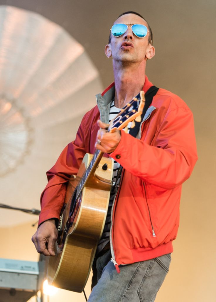 richard ashcroft at the isle of wight images - Google Search