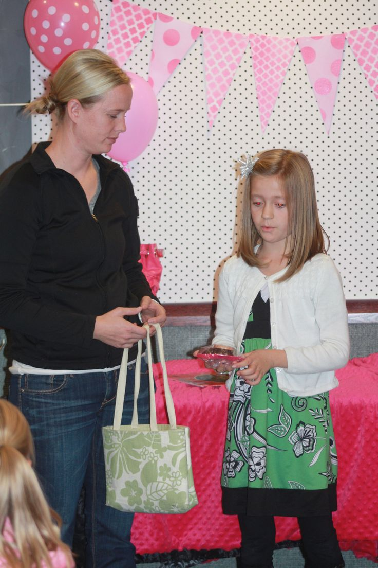 Activity Days: It's In the Bag Recognition Night