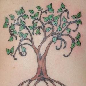 Arbre en tatouage.