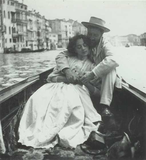 Italian Vintage Photographs ~ #Italy #Italian #vintage #photographs #family #history #culture ~ Vintage Venetian