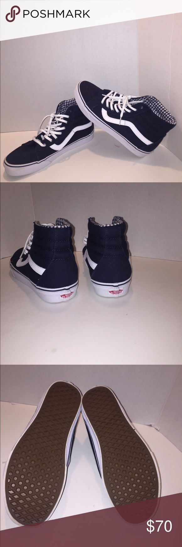 Ski-8 navy blue vans Dead stock ski-8 Navy blue vans. Vans Shoes Sneakers