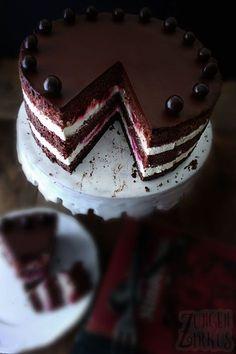 Schokotorte mit Himbeeren, Ganache und Joghurtsahne. Schokolade geht einfach immer!