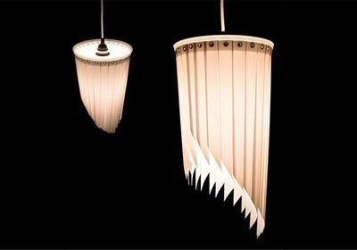 Repurposed blinds & tupperware lid