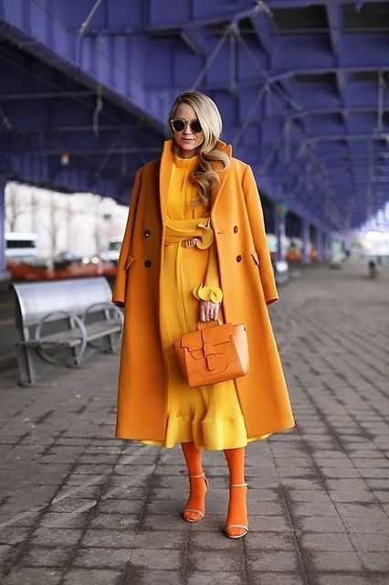 Monochromatic outfit ideas // tibi dress, hue tights, zara jacket and senreve bag. Orange Outfits, Colorful Outfits, Colorful Clothes, Mode Monochrome, Monochrome Outfit, Monochrome Fashion, Look Fashion, Fashion Outfits, Womens Fashion