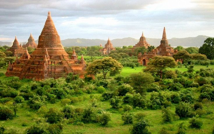 ミャンマー : バガン遺跡