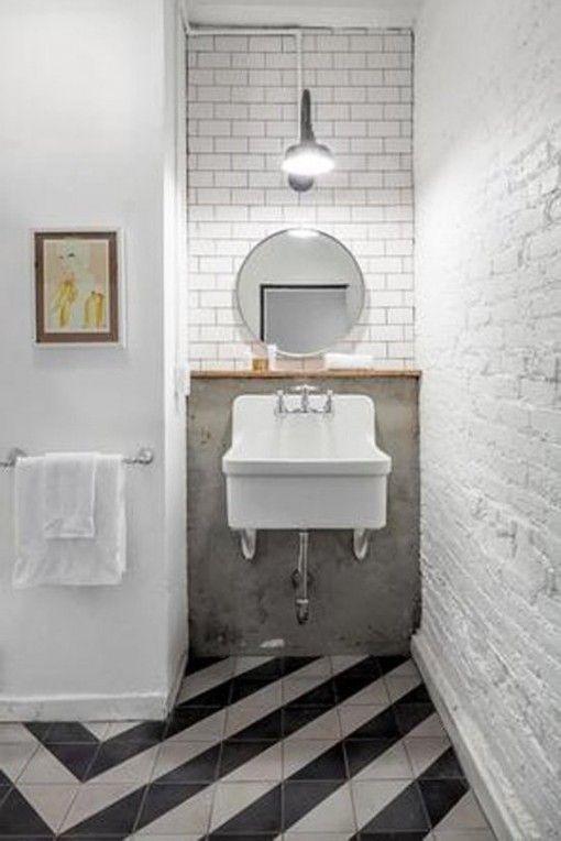 Oltre 25 fantastiche idee su pareti per doccia su - Posare parquet flottante su piastrelle ...
