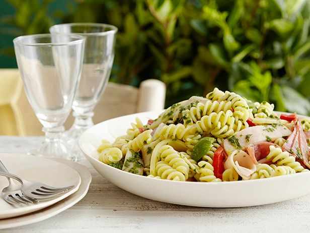 Start crafting your Memorial Day menu with picnic-friendly mains, salads, desserts and more!: Food Network, Giada De Laurentiis, Salad Recipes, Pasta Salad, Red Wine, Picnics Side, Antipasto Salad, Picnics Recipes, Antipasto Pasta