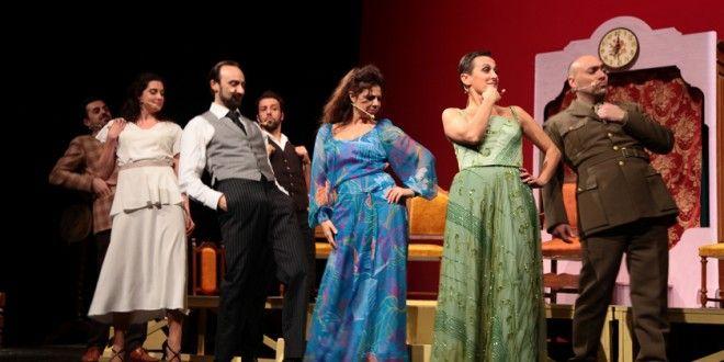 Talento, passione, energia sono gli ingredienti del riuscitissimo Cappello di paglia di Firenze diretto da Sandro Querci con un grande cast.