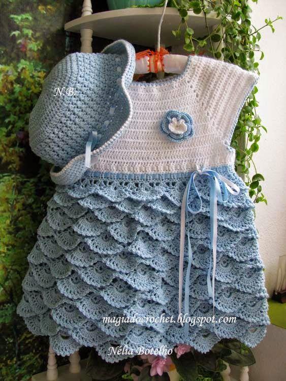 Vestido e chapéu em crochet para menina