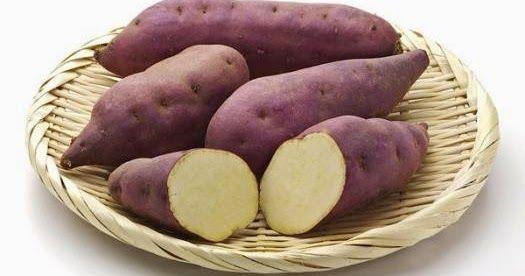 Las patatas dulces son un tipo particular de papas del mismo orden que las regulares con la diferencia de que son parte de las diferentes especies y una familia diferente. Usted puede encontrar las batatas en una variedad de colores.  El son más frecuentemente encontrado los con blanco-crema y de color amarillo-naranja. También hay batata con carne púrpura y son extremadamente abundantes en antioxidantes.