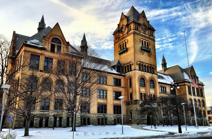 """Photo of the Day for December 23, 2016: """"Old Main looking extra good after post-finals."""" 