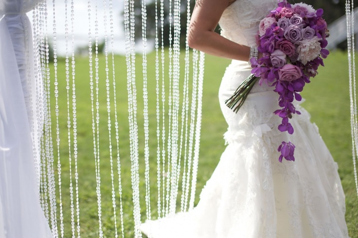 20 Simple Yet Beautiful Wedding Dresses For Modern Brides: 14 Best Images About Lantern Bouquet On Pinterest