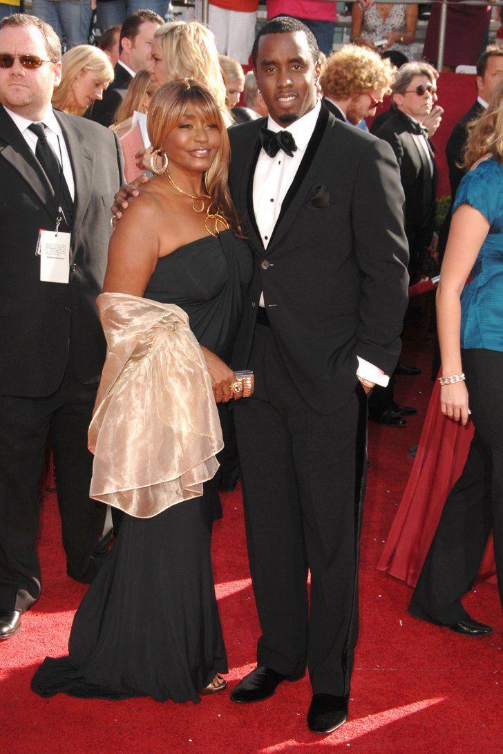 """Pin for Later: Une Maman, S'est Sacré – Même Pour les Stars Sean Combs Sean """"Diddy"""" Combs et sa maman, Janice, lors des Emmy Awards en Septembre 2008."""