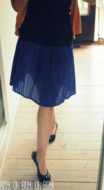 Boy, Oh Boy, Oh Boy Crafts: Crafterhours Skirt Week: Accordion Pleat Skirt