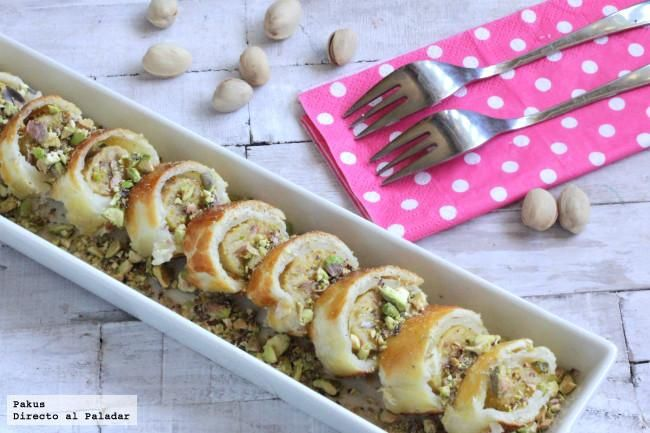 Falso sushi de platano y pistachos