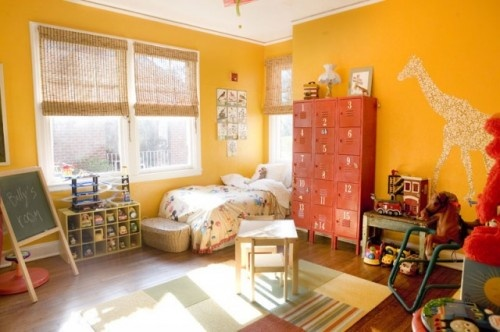 Lockers as a dresser!Kids Bedrooms Design, Yellow Wall, Kids Room Design, Kid Rooms, Funky Junk, Vintage Metals, Storage Ideas, Cozy Bedrooms, Warm Industrial