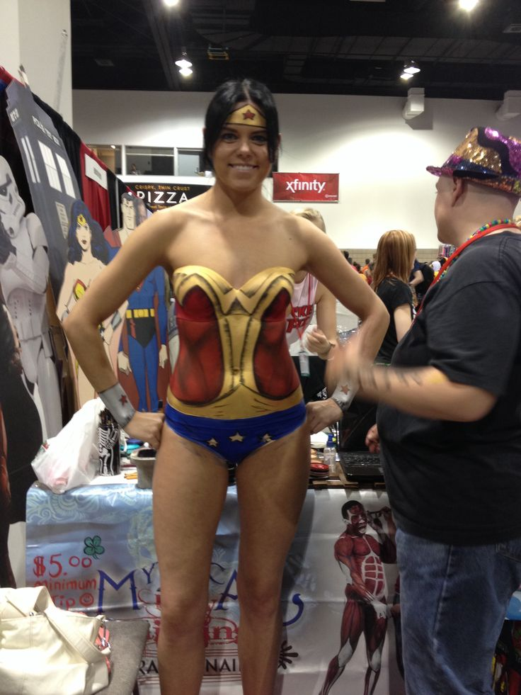 Comic Con Girls Body Paint