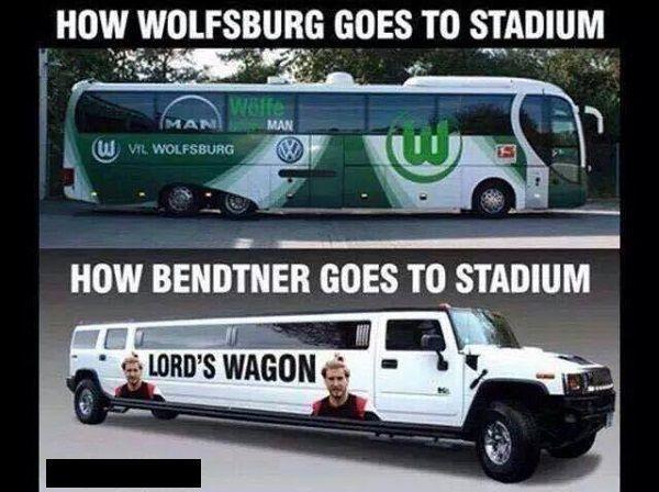 Zespół Wolfsburga na stadion przyjeżdża autobusem • Nicklas Bendtner na stadion jeździ swoim Lord Wozem • Zobacz limuzynę Bendtnera >>