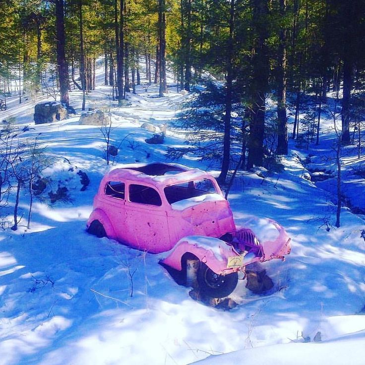 If you go down Pink Car road In walker Arizona guess what you'll find believe it or not a old pink dodge . • • • • • • #hike #adventure #art  #peace #love  #bushcraft  #explore #photography #california #oregon #arizona #edc #vanlife #vandweller #useyourgear #trout #flyfishing #offgrid  #truth #freedom #vagabond #travel  #nature #hunt #music #wild #hippy #drum #nature #bus #drum http://misstagram.com/ipost/1555276422355131783/?code=BWVc6p6BJ2H