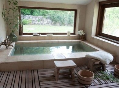 Love the huge tub.  Perfect for a woman with two husbands.   What did I just read