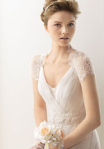 V-Neck Gown with exquisitely placed lace details by Soft By Rosa Clará. Style 113/UNAX