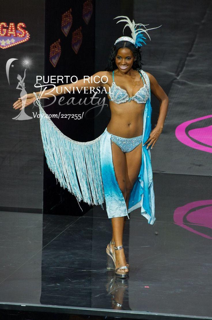 Stefanie Guillen Evangelista, Miss Universe Aruba 2013, models in the National Costume contest at Vegas Mall on November 3, 2013.  #MissUniverse2013 #MissUniverse #MissUniverso2013 #MissUniverso #Russia #Moscow #Rusia #Moscú #NationalCostume #MissAruba #StefanieGuillenEvangelista