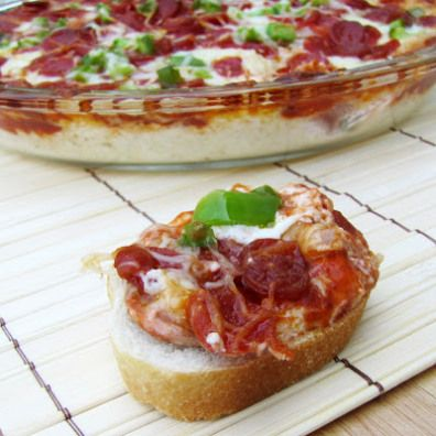 Cheesy Layered Pizza Dip| Rumbly in my Tumbly