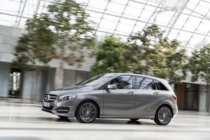Mercedes-Benz B-Class model year 2014, B 220 CDI 4MATIC, mountain grey, Urban line [Fuel consumption combined: 5 (l/100 km) CO2 emission combined: 131-130 g/km] #mbhess #mbcars #mbbclass