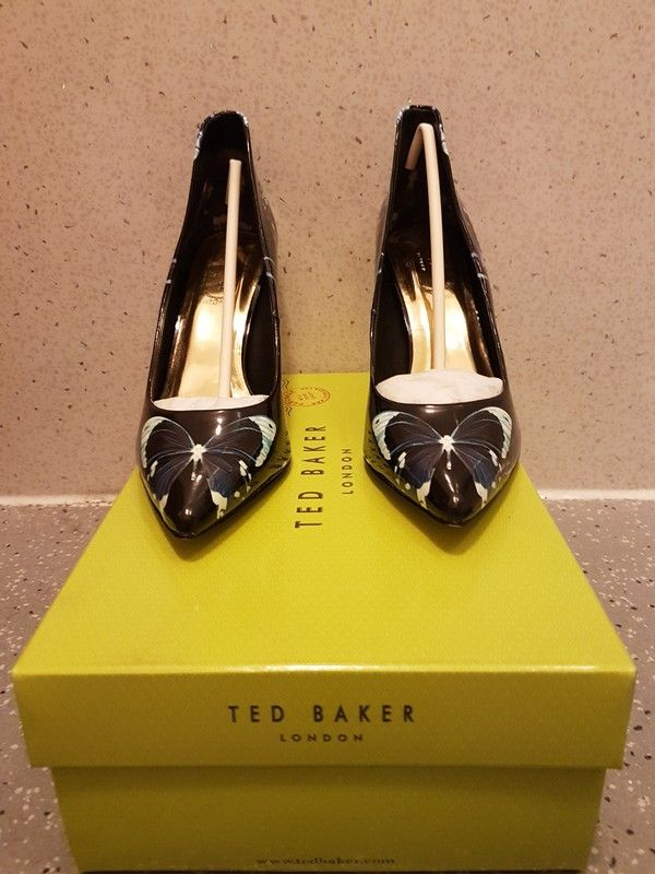 Ted Baker Savei, butterfly collective