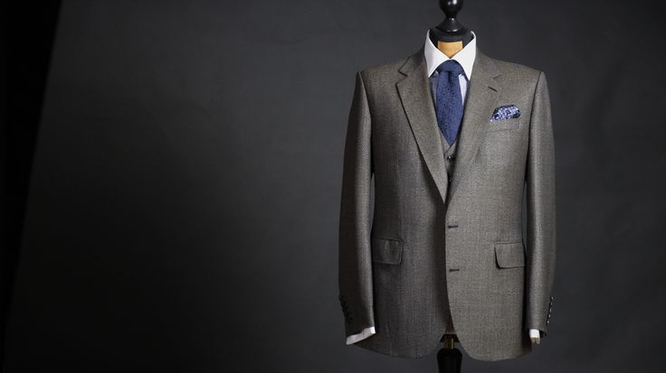 Heritage Tweed bespoke suit - Made by Sebastian Hoofs