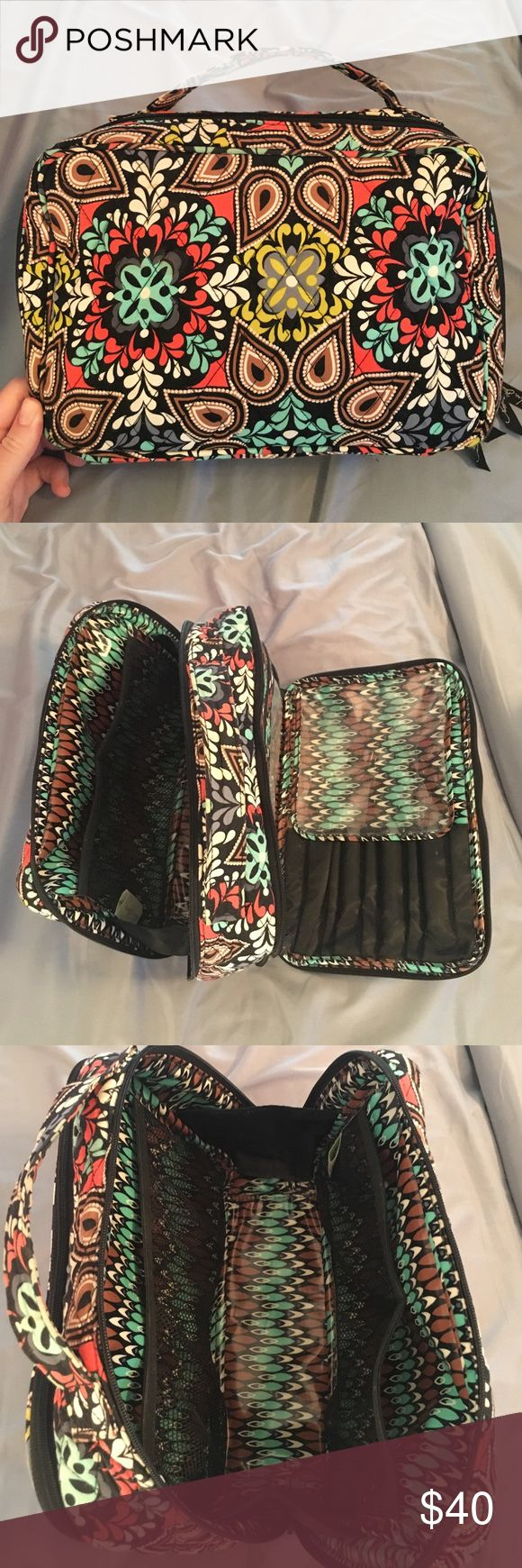 Vera Bradley Large Cosmetic Blush/Brush Makeup Bag Vera Bradley large makeup bag, also holds all your brushes and toiletry items. Great for traveling. In great condition. No stains or tears or signs of wear. Pet and smoke free home. Pattern is Sierria Vera Bradley Bags