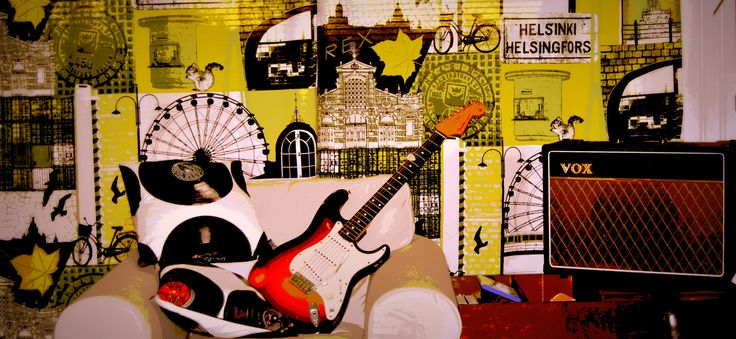 """""""The Stratocaster Lounge"""""""