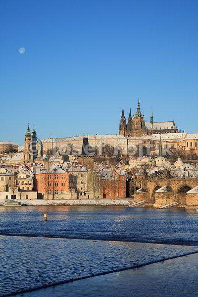 Vltava River, Prague Castle with the Saint Vitus Cathedral and Lesser Town, Prague, Czech Republic