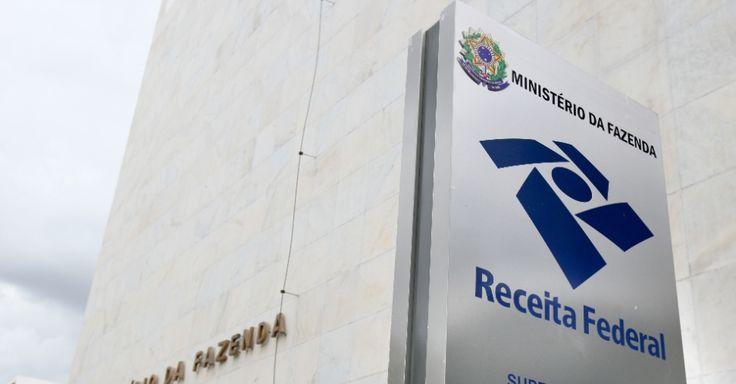 IR 2015: Receita Federal recebeu mais de 6,1 milhões de declarações - Imposto de renda - UOL Economia