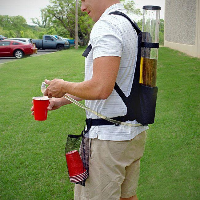 Рюкзак дозатор для напитков на вечеринке