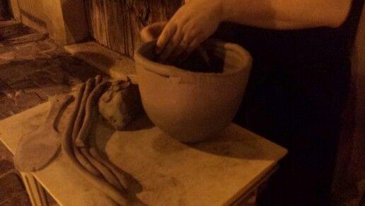#performance di #ceramica #raku #pottery #firing davanti a La Bottega 36, #Santarcangelo di #Romagna