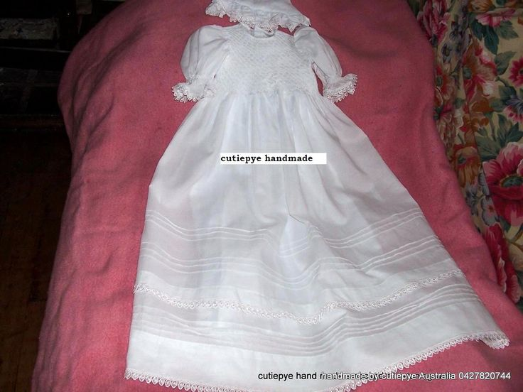 heirloom smocked gown 85cm long with hat and bib