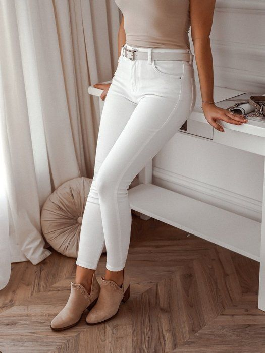 Biale Slimowane Spodnie Z Wysokim Stanem Clothes White Jeans Outfits