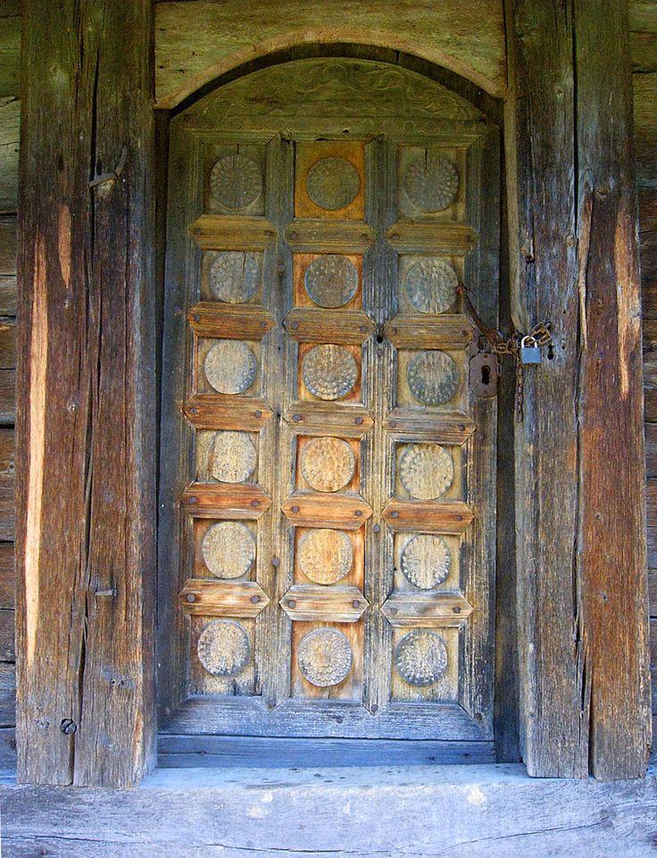 CrkvaBrvnaraPranjaniVrata - Црква брвнара — Википедија, слободна енциклопедија