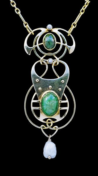 This is not contemporary - image from a gallery of vintage and/or antique objects. MURRLE BENNETT & Co Jugendstil Pendant Gold Emerald Pearl