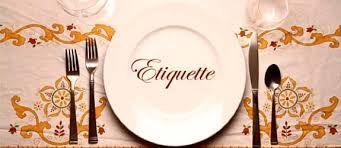 The importanze of table Etiquette. Conoscere le regole e saperle applicare in maniera giusta significa sfruttare al meglio un pranzo d'affari. Business Etiquette per il tuo successo.