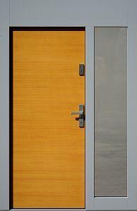 Drzwi zewnętrzne z dostawką boczną i naświetlem górnym wzór 500B w kolorze oregano